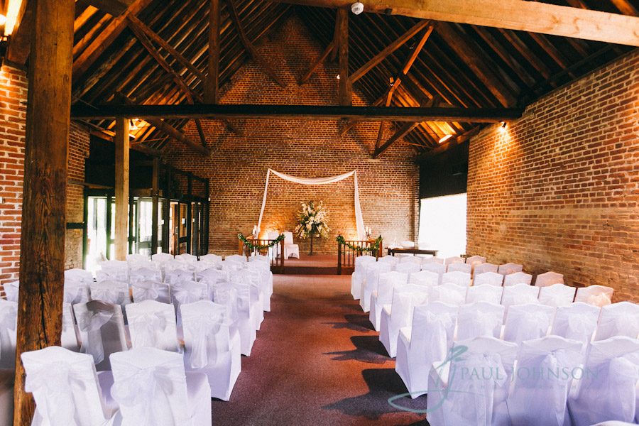 Cooling Castle Barn Wedding Photography By Kent Wedding Photographer Paul Johnson