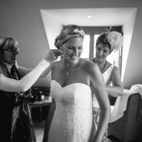 bride getting ready photo at south lodge wedding