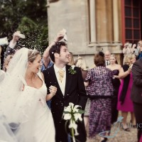 wedding at the church in worburn, confetti throwing