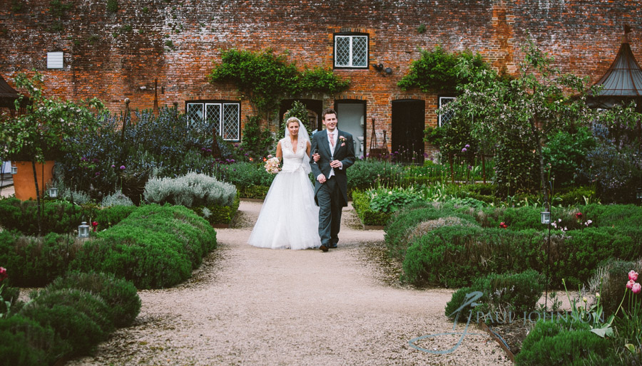 Wedding-photographs-walled-garden-cowdray878