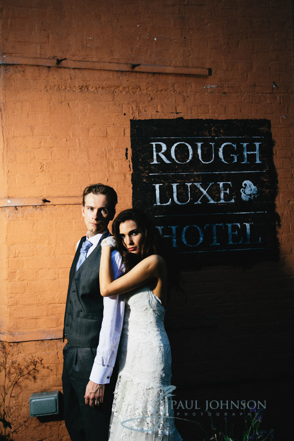03-rough-luxe-wedding-photos--0762