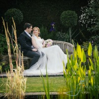 Hever Castle sunken garden wedding photo
